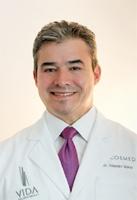 Alejandro J. Quiroz - Plastic Surgeon/Cosmetic Surgeon