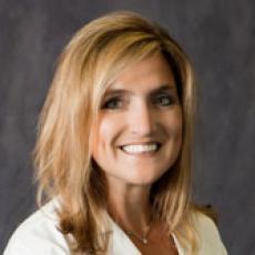 Ellen A. Janetzke - Plastic Surgeon/Cosmetic Surgeon