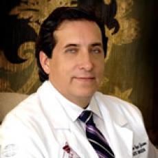 Franco Reyes Jacome - Plastic Surgeon/Cosmetic Surgeon