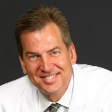 George J. Alexander - Plastic Surgeon/Cosmetic Surgeon