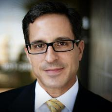 Michael Diaz - Plastic Surgeon/Cosmetic Surgeon