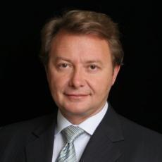 Nicholas R. Nikolov - Plastic Surgeon/Cosmetic Surgeon