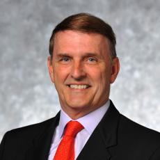 Steven M. Lynch - Plastic Surgeon/Cosmetic Surgeon